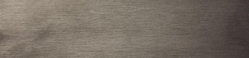 B3 - [ferro laccato effetto spazzolato opaco: ] titanio