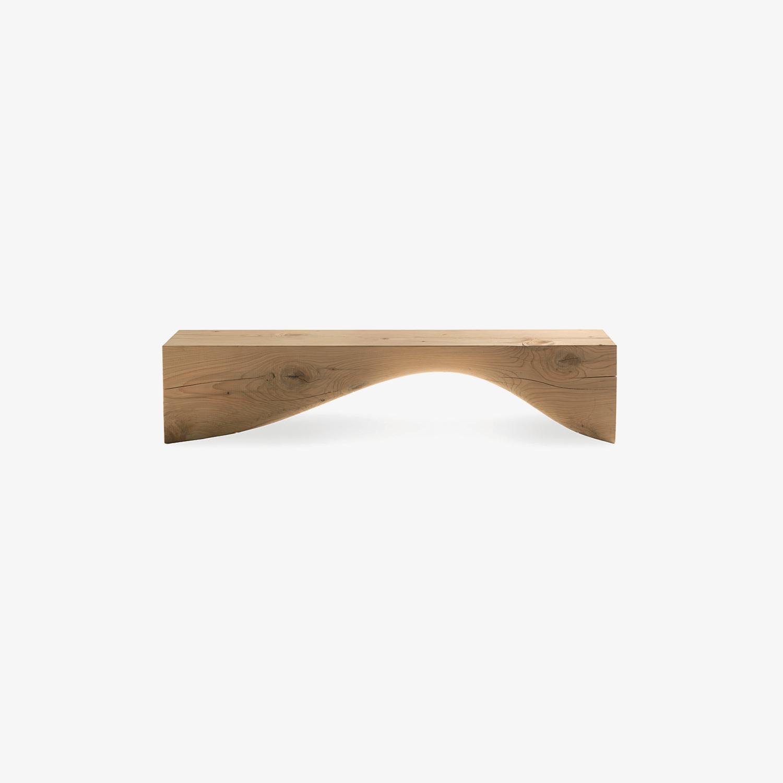 Panca legno massello CURVE BENCH | Panca in legno per esterni | Panca di design | Panca